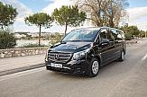 Premium υπηρεσίες μετακίνησης με το Vito Tourer Dark Edition