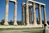 Κατειλλημένα πεζοδρόμια στην περιοχή του Ολυμπίου Διός