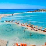 Όριο επισκεπτών με εισιτήριο στις παραλίες Μπάλος και Ελαφονήσι ζητεί η Ε.Ξ. Χανίων