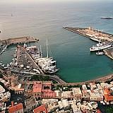 """Κολώνα Ρόδου: Από λιμάνι πολυτελών θαλαμηγών σε """"Ελευσίνα"""";"""