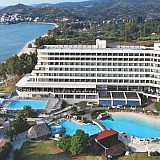 Ξενοδοχείο Πόρτο Καρράς: Σύμβαση για ομολογιακό δάνειο έως 45 εκατ. ευρώ