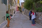 Athens Walking Tours: Οι κρυφές ομορφιές και η ιστορία της Αθήνας έκλεψαν τις εντυπώσεις των Αθηναίων