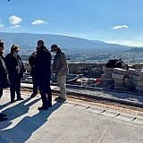 Αμεσα σωστικά μέτρα για το μνημείο του Αγρίππα στην Ακρόπολη