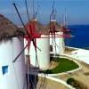 Άδειες για δύο νέα πολυτελή ξενοδοχεία σε Μύκονο και Σαντορίνη