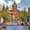 Το Άμστερνταμ σφίγγει τον κλοιό στις βραχυχρόνιες μισθώσεις- Τι απαντά η Airbnb