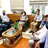Συνάντηση Αρναουτάκη-Μενδώνη   Εγγραφή των μινωικών ανακτόρων στον κατάλογο πολιτιστικής κληρονομιάς της Unesco