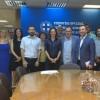 Η εκπρόσωπος της διοργάνωσης απένειμε στην Υπουργό Τουρισμού, Έλενα Κουντουρά το πρώτο βραβείο για την Ελλάδα, ως ο κορυφαίος προορισμός καλύτερων παραλιών της Ευρώπης. Στη φωτογραφία με τη  Γ.Γ. Τουρισμού Ευρυδίκη Κουρνέτα,τον Πρόεδρο του Δ.Σ. του ΕΟΤ Χα