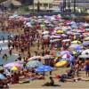 Spiegel: Ο ελληνικός τουρισμός ανθεί, οι εργαζόμενοι υποφέρουν