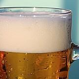Heineken: Τα κλειστά εστιατόρια και μπαρ έφεραν περικοπές 8.000 θέσεων εργασίας