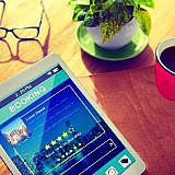 Booking.com: Δωρεάν ακυρώσεις και επιστροφές προκαταβολών λόγω κορωνοϊού
