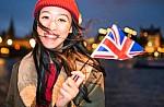 Τουρισμός: Το 38% των Βρετανών θα ταξιδέψουν το 2019 χωρίς ασφάλιση