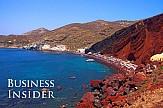 Business Insider: Η Σαντορίνη στις 15 καλύτερες πολύχρωμες παραλίες στον κόσμο