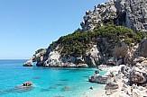 Το πλαστικό πνίγει τη Μεσόγειο και απειλεί τον τουρισμό της