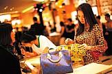Τουρισμός | Καταναλωτές πολυτελείας οι Κινέζοι- 277,3 δισ. δολάρια δαπάνησαν στο εξωτερικό το 2018