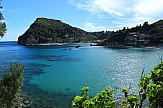 Mirror: Τα ελληνικά νησιά στους 12 πιο ονειρικούς προορισμούς διακοπών για το 2021