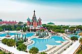 Τουρκικός τουρισμός: 23.000 Ρώσοι τουρίστες έφτασαν τη Δευτέρα στην Αττάλεια