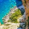 TripAdvisor: Κρήτη, Ρόδος και Σαντορίνη στους 10 top κοντινούς προορισμούς των Βρετανών