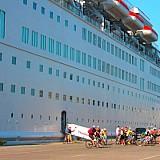 10 κρουαζιερόπλοια ταξιδεύουν ακόμα στη θάλασσα - Δείτε ποια είναι