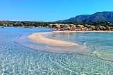TripAdvisor: Μια ελληνική παραλία στις 6 καλύτερες στον κόσμο για οικογένειες με παιδιά
