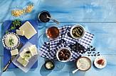Οι Ευρωβουλευτές δοκιμάζουν ελληνικά φαγητά