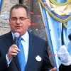 Ο Έλληνας της Walt Disney που βραβεύθηκε για τη συμβολή του στα ταξίδια των γκέι