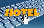 Η Booking.com επέστρεψε το ποσό στην ιδιοκτήτρια ξενώνα