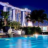 Άδειες για νέες πισίνες σε ξενοδοχεία και άλλα καταλύματα σε 5 νησιά