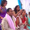 Aέρας Bollywood στη Μύκονο - παραδοσιακός ινδικός γάμος με συρτάκι & ελληνικά εδέσματα