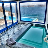 Booking.com: Στην Ελλάδα ένα από τα καλύτερα ξενοδοχεία στον κόσμο με τζακούζι