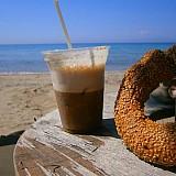 """Μειωμένος ΦΠΑ στον καφέ και στα ροφήματα στο """"ράφι"""""""