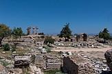 Κομίζω γλαύκας εις Αθήνας