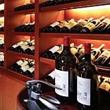 Oι εξαγωγές και οι προοπτικές των ελληνικών κρασιών στη Σιγκαπούρη