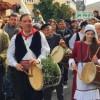 "To έθιμο της ""Μόστρας"" Θυμιανών στη Χίο και ο χορός ταλίμι"
