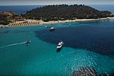 Ουρανούπολη - Δρένια: Διακοπές με σκάφος στην... Καραϊβική της Χαλκιδικής