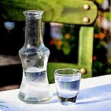 Οι Γερμανοί καταναλωτές γνωρίζουν περισσότερο το ούζο απ' ότι τα ελληνικά κρασιά