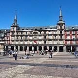 Τουρισμός   Airbnb: Η Μαδρίτη βάζει τέλος στην ανεξέλεγκτη τουριστική μίσθωση σπιτιών- Δείτε την απόφαση