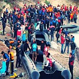 Πληθαίνουν οι αντιδράσεις για τη μεταφορά προσφύγων - μεταναστών στην ενδοχώρα
