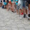 TripAdvisor: Πώς αντιδρούν οι ταξιδιώτες όταν τους παίρνουν τη σειρά στα αξιοθέατα