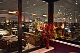 10 εστιατόρια στο κέντρο της Αθήνας με άποψη ελληνικής κουζίνας
