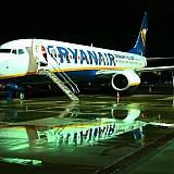 Ryanair: Ξεκινά πάλι τις πτήσεις από Αθήνα σε 30 προορισμούς