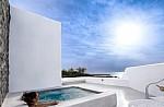 Δραγονέρα: Η εξωτική παραλία στο Αγκίστρι, δίπλα στην Αθήνα