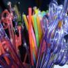 «Φρένο» στα πλαστικά καλαμάκια και από τη Marriott