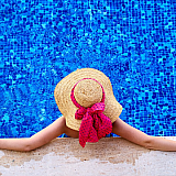 Deutsche Bank: Πώς οι τουριστικοί προορισμοί θα έχουν τουρίστες το καλοκαίρι