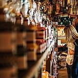 Εταιρείες τροφίμων υιοθετούν το μοντέλο των απευθείας πωλήσεων στον καταναλωτή