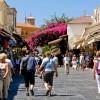 Η μεγάλη πτώση των τουριστικών εσόδων