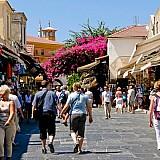 Ελληνικός τουρισμός: Εντυπωσιακή αύξηση κατά 27,7% στη μέση δαπάνη ανά ταξίδι στο α' τρίμηνο