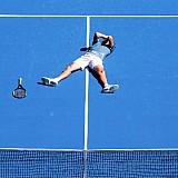 """Στα """"χρυσά χνάρια"""" του Στέφανου Τσιτσιπά, ελληνικά ξενοδοχεία παίζουν τένις…"""