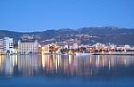 Η γαλάζια παραλία στην Πελοπόννησο που την ξέρουν μόνο οι ντόπιοι