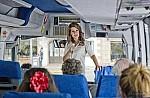 Kίνηση-ματ Θεοχάρη με υπερδιπλασιασμό του προγράμματος δημοσίων επενδύσεων για τον τουρισμό